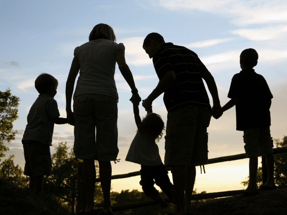 Contratar al guardia de <strong>seguridad</strong> adecuado para su familia 26