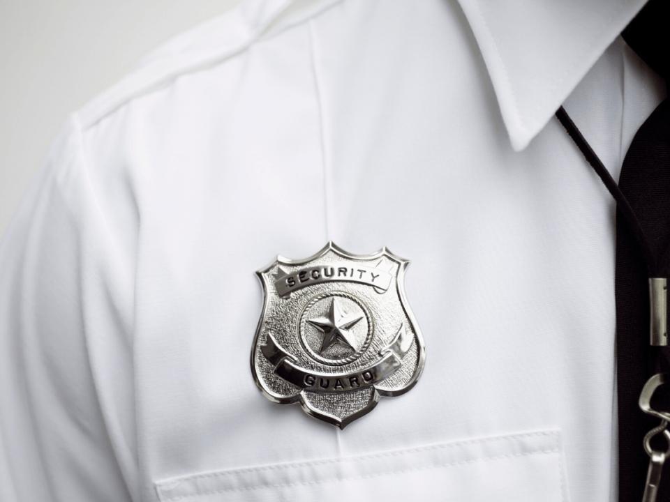 Lo que hacen los guardias de <strong>seguridad</strong>: 10 formas de proteger 6