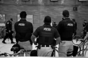 Seguridad Civil vs. Policía fuera de servicio / anterior
