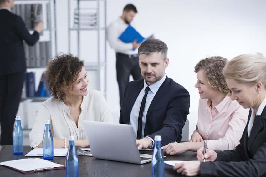 4 soluciones de seguridad para la violencia y el peligro en el lugar de trabajo 24