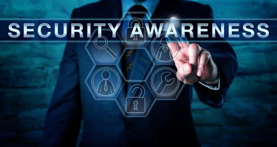 ¿En qué consiste el entrenamiento típico de concientización de seguridad? 8