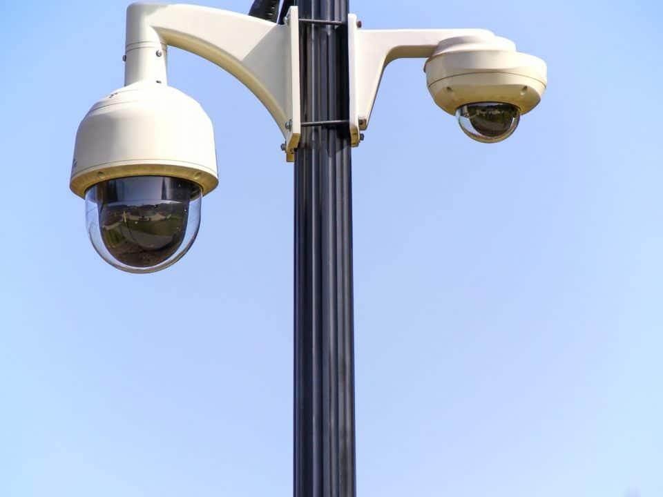 Por qué su lugar de trabajo requiere vigilancia de seguridad 6