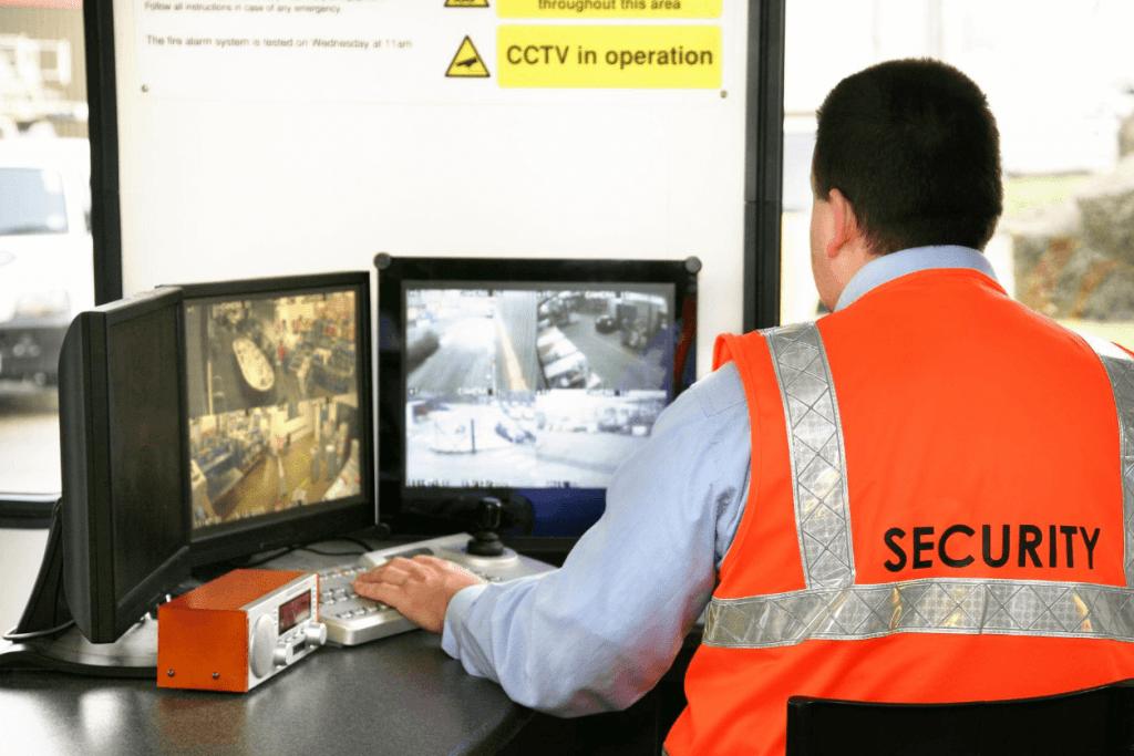 Cómo convertirse en un oficial de seguridad: formación y requisitos adecuados 1