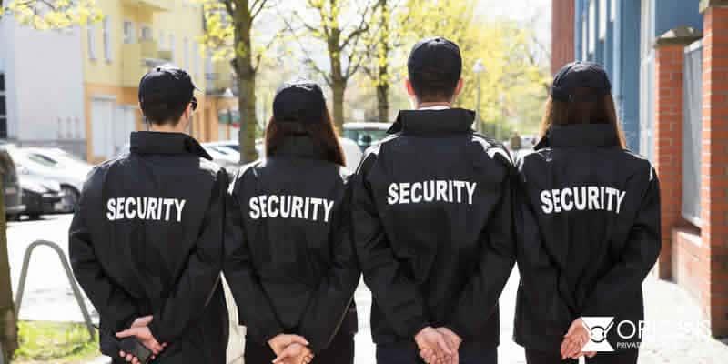 contratar guardias de seguridad